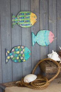 Set of 3 Painted Wooden Round Fish Wall Hangings