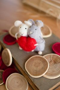 Set of 2 Felt Mice with Heart