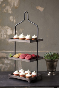square metal three tiered display