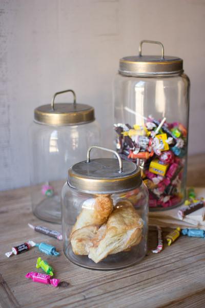 glass jars with metal lids