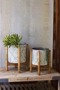 RESSED TIN PLANTERS WITH WOODEN BAS