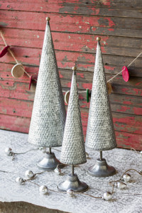 set of 3 zinc topiaries